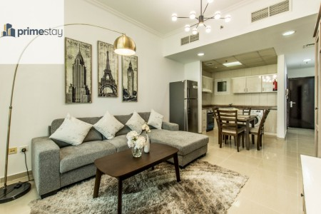 Beautifully Furnished 1BR near the metro
