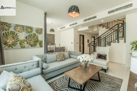 Brand-new Luxurious 4BR Villa in Family Community